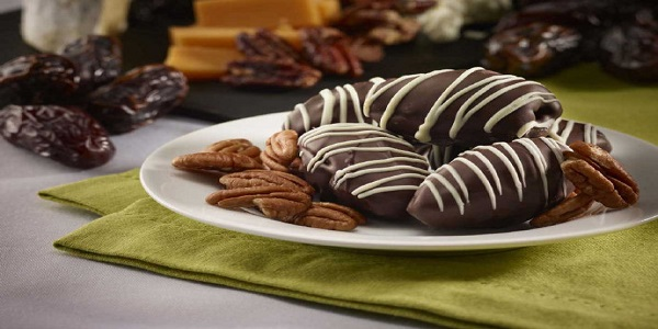 قیمت شکلات خرمایی
